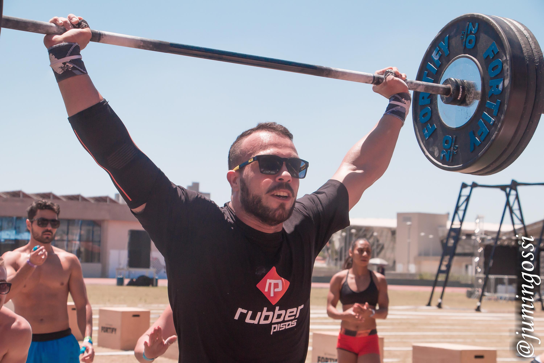 Por que o CrossFit cresce tanto no Brasil? Conheça as vantagens e desvantagens de ter uma franquia
