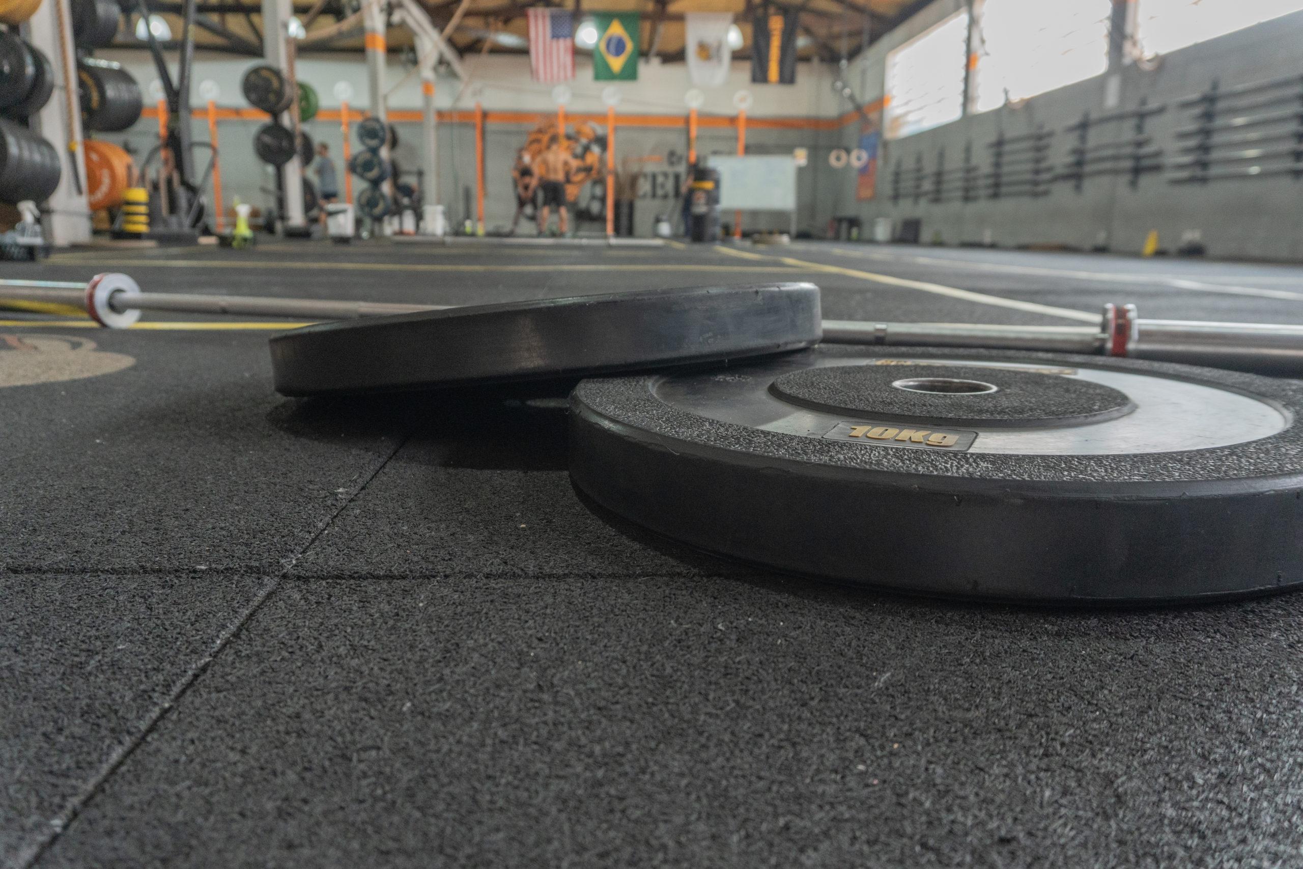 Piso para CrossFit: borracha antiderrapante para piso